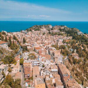 Cosa vedere e fare a Taormina: alla scoperta di una meta siciliana